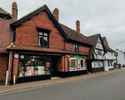 Burnham High Street Shop 1
