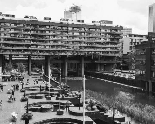 Barbican Centre and Lake